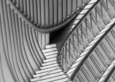 Station Luik Guillemins. Abstract in zwart-wit.