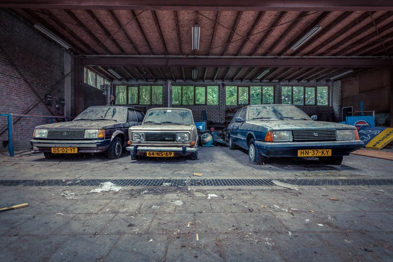 Urbex-locaties. Garage Simca. Urbex in Nederland.
